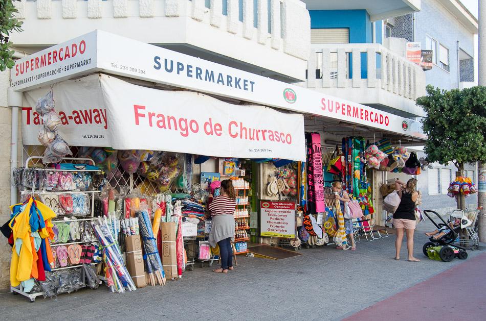 Mini Market Gonçalves exterior