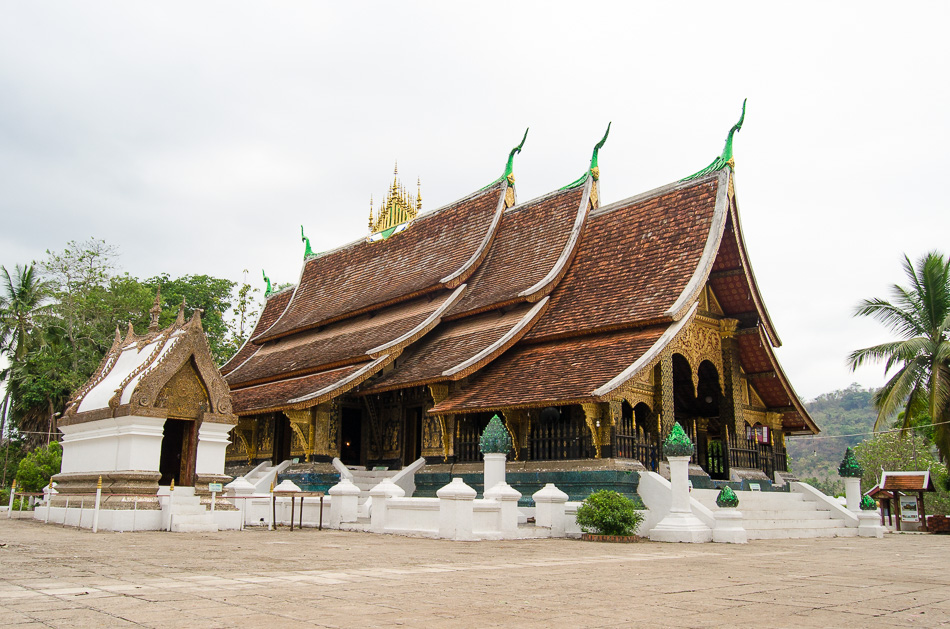 luang prabang wat xieng thong | Vietnam tours, Laos tours ... |Wat Xieng Thong Luang Prabang
