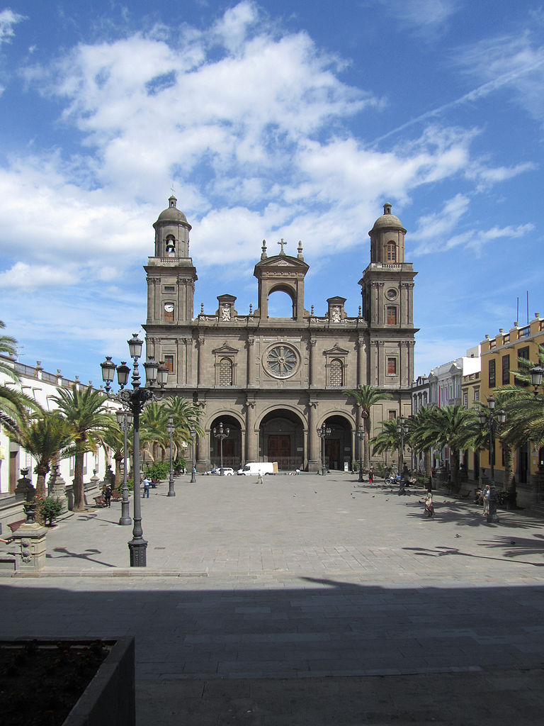 Santa Ana square and Cathedral