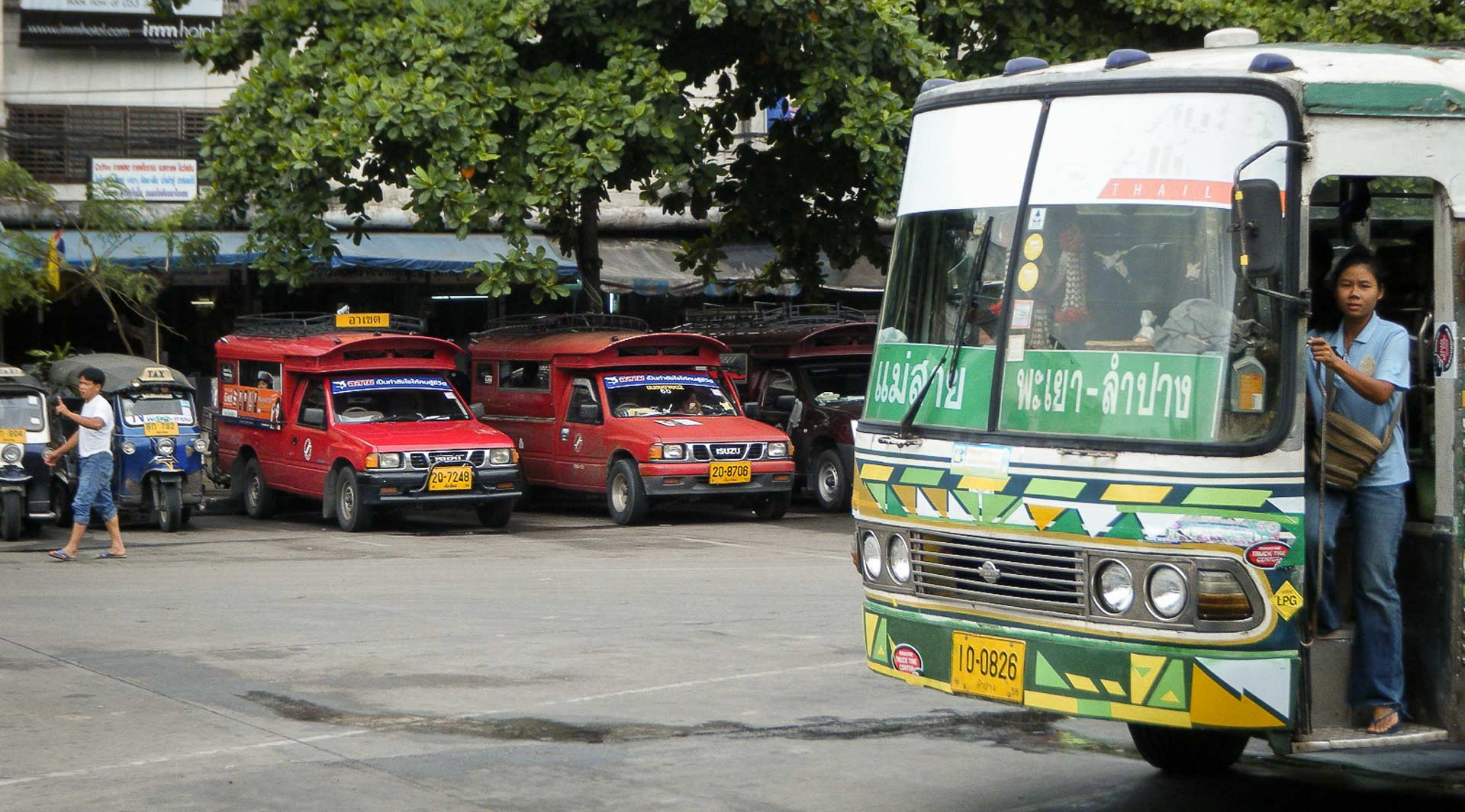 Songthaews and buses in Chiang Mai