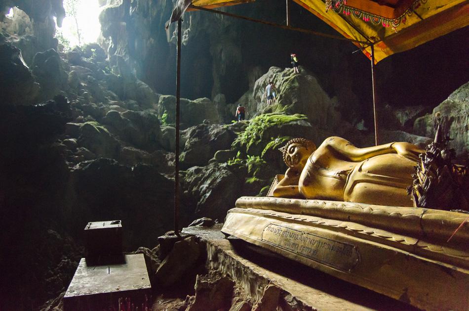 Tham Pouk Ham cave buddha