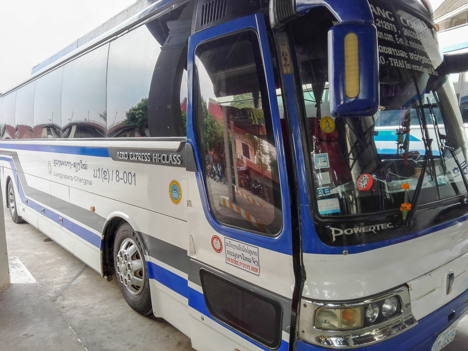Bus from Laos to Thailand