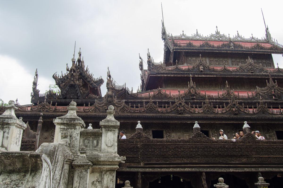Shwenandaw temple