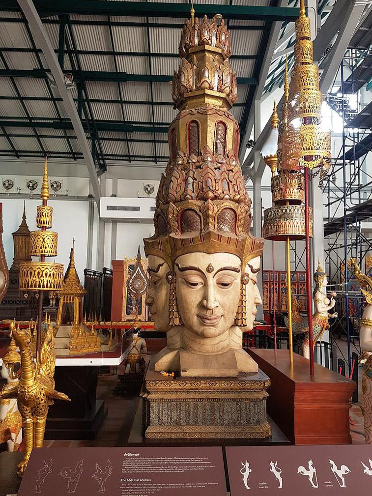 Nationa-Museum-bangkok-Sculpture