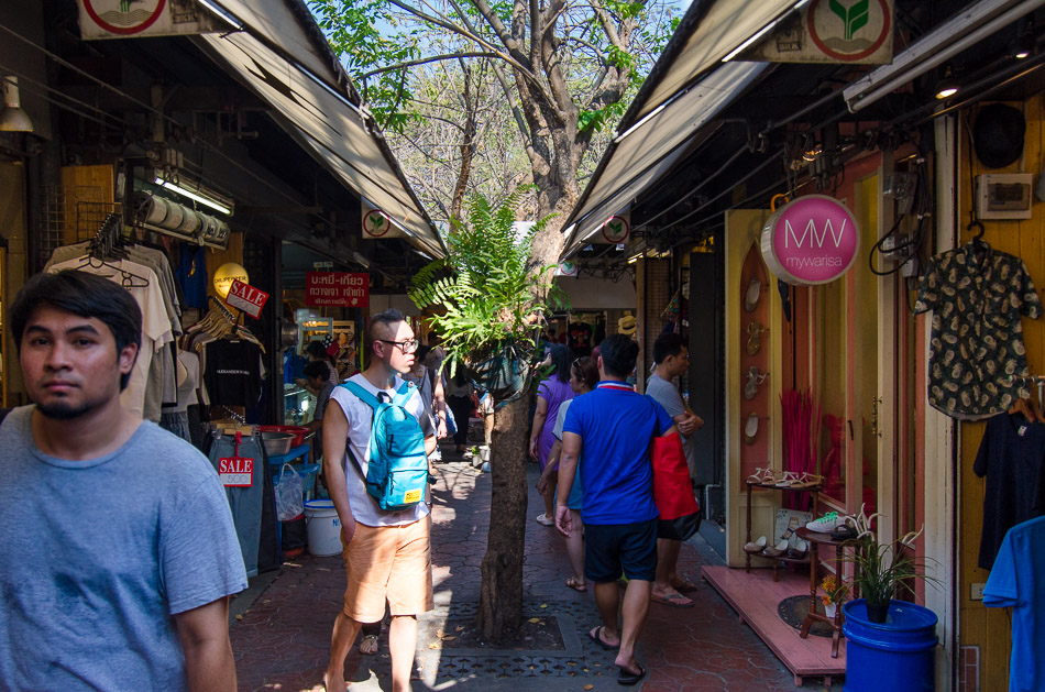 Shoppers in Chatuchak Weekend Maket